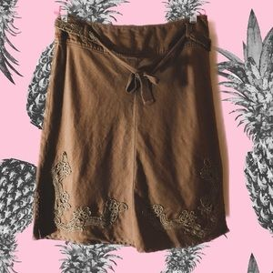 Vintage 90s cotton embroidered skirt with belt